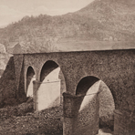 Viaduc sur le Torrent de St Ferréol (Viaduct on the Stream of St Ferreol), 1883, from Les Travaux Publics de la France, Tome Premier: Routes et Ponts